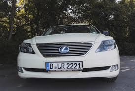 lexus rx 400h zahnriemen berlins ungewöhnlichste taxis lexus ls 600h usf 40