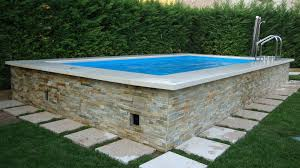 petite piscine enterree terrasse douglas1 construire une plage de piscine en bois jardin