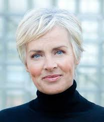 flattering hairstyles for mature women withnnice hair 2017 s best short haircuts for older women short hairstyles 2016