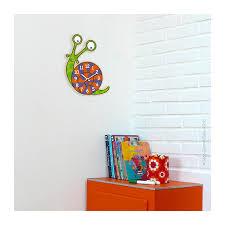 horloge chambre bébé horloge escargot déco chambre bébé et enfant série golo