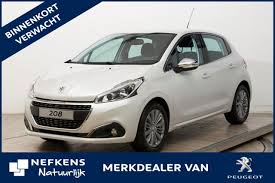 lease peugeot peugeot 208 1 6 bluehdi 100pk 5d blue lease executive verwacht