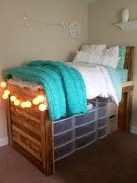 Build Platform Bed With Storage Underneath by Appealing Plans For Bed With Drawers Underneath And Best 25 Bed