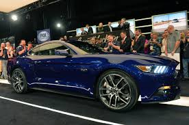 ford 2015 mustang release date barrett jackson 2014 production 2015 ford mustang earns