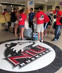 welcome students scenes from niu move in day wnij and wniu