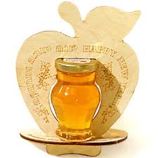 rosh hashanah gifts large wooden apple honey gift rosh hashanah honey gifts rosh