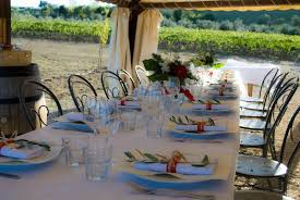 Casual Backyard Wedding Ideas 9 Casual Wedding Ideas For All Types Of Couples Wedding In Tuscany