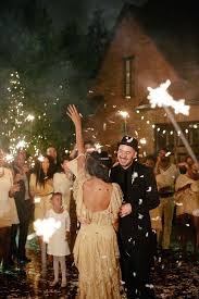 new years weddings 10 must haves for a new year s wedding