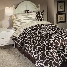Giraffe Bed Set Size Giraffe Bedding Set Safari Bedding Pb Pinterest