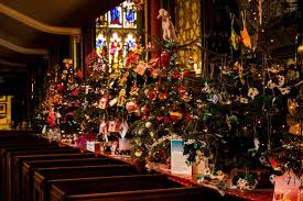 pictured oldham christmas tree festival quays news