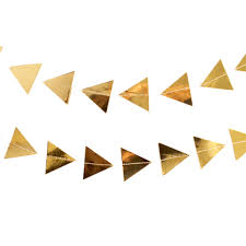gold triangle garland pret a