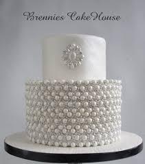 white wedding cake cakecentral com