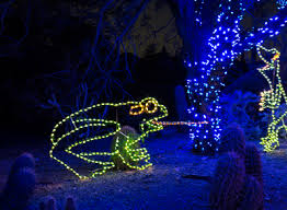 Zoo Lights Phoenix Best Outdoor Holiday Displays And Family Celebrations Raising