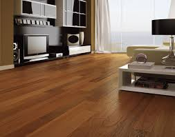 Hardwood Vs Laminate Flooring Fascinating Engineered Hardwood Vs Laminate In Kitchen Images