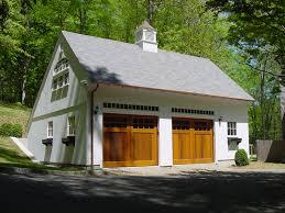 our 26 u0027x 30 u0027 1 1 2 story saltbox www countrycarpenters com 1 1