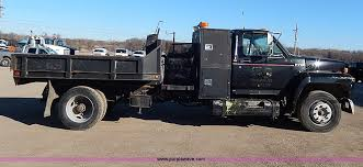 Ford F700 Hood And Fenders - 1989 ford f700 custom cab dump bed truck item i3750 sold