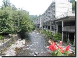 Comfort Suites In Pigeon Forge Tn Inn On The River Gatlinburg Tn 865 436 5047 866 885 5047