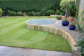 clean of lawn frontyard garden with attractive gravel holders