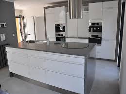 plan de cuisine en quartz beautiful plan cuisine avec ilot central 4 granits d233co plan de