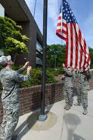 Rules For Flying The American Flag At Night What To Do When Reveille Retreat And Taps Is Played On Base