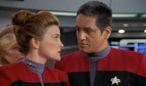 Schlafzimmerblick Augen Star Trek Voyager Paris Hätte Ursprünglich Mit Janeway Flirten Sollen