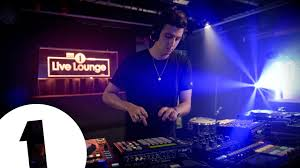 Lounge The Xx Perform Dangerous In The Live Lounge Youtube