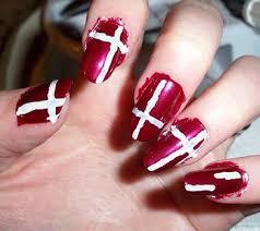 nail art tuesday august 2010