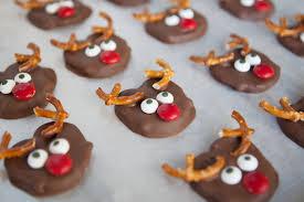 chocolate covered reindeer pretzels