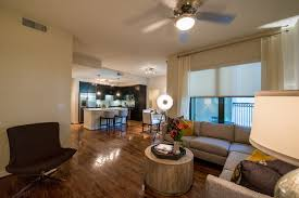 500 crawford review fancy houston apartments