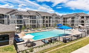 lakeridge lubbock tx apartments for rent cottages at abbey glen