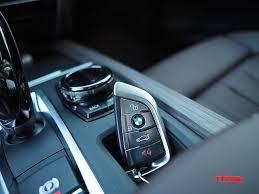 bmw jeep 2016 2016 range rover sport td6 vs 2016 bmw x5 40e luxury eco suv