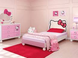 decoration interior bedroom with round pink rug and