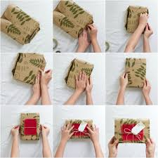 tutorial membungkus kado simple how to gift wrap with toodles noodles design gift wrap