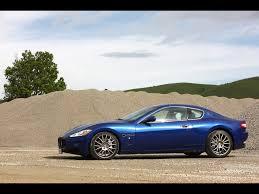 blue maserati granturismo 2009 maserati gran turismo s automatic blue side angle