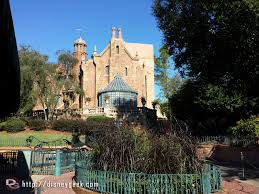 the haunted mansion has reopened early from its renovation wdw