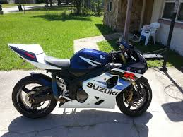 cbr bike green moving from a cbr to a gsxr 2 choices and dont know which one to