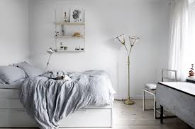 small but chic minimalist studio apartment style for mankind