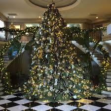 kris jenner u0027s christmas tree wins best of 2014 the most fabulous