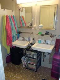 university of oklahoma dorm bathroom organization college