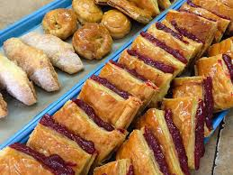 where to find miami u0027s best pastelitos pinocho bakery