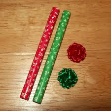 dollhouse miniature wrapping paper rolls and bows set