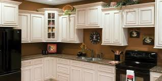kitchen cabinets connecticut 4 popular kitchen cabinet styles bargain outlet east hartford