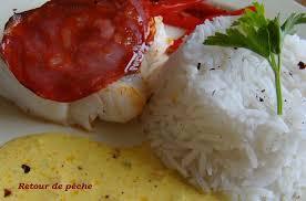 cuisiner le lieu jaune pavé de lieu jaune de ligne en écaille de chorizo sauce safranée