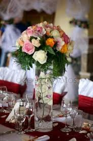 wedding table centerpieces with flowers u2014 stock photo
