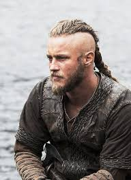 how to get the jax teller hair look travis fimmel as ragnar lothbrok on vikings i don t like beards