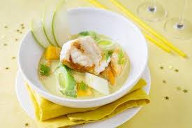 cuisiner la lotte au curry recette de curry de lotte aux petits légumes et aux fruits