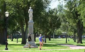Black Flag Statue Puzzle Amarillo City Council Gets Earful Regarding Confederate Statue In