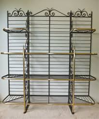 Bakers Rack Shelves How To Buy A Bakers Rack Furniture Tutor
