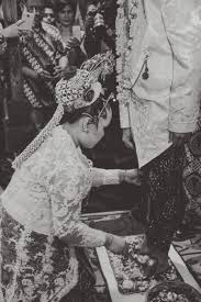 traditional javanese wedding in indonesia putri dylan amy