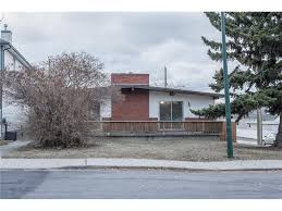 Multiplex House Calgary Duplex And Triplex For Sale Commission Free Comfree
