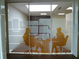 pose stores interieur bureau pose vitrophanie bureau tbi idf